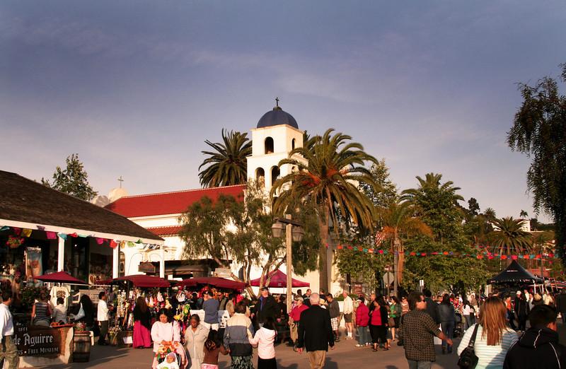 Old Town San Diego, Cinco de Mayo Visitors