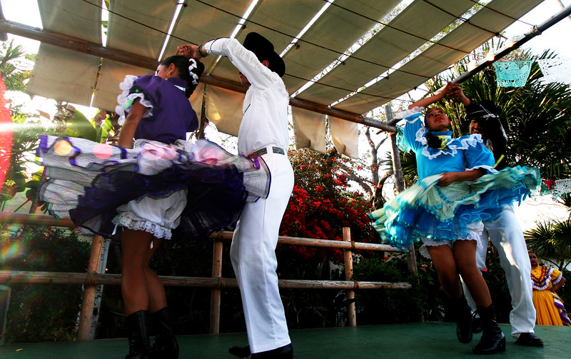 Old Town San Diego, Folklorico Dancers