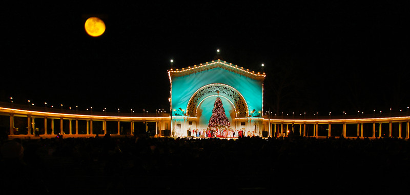 San Diego for the Holidays, Balboa Park, Organ Pavilion, December Nights