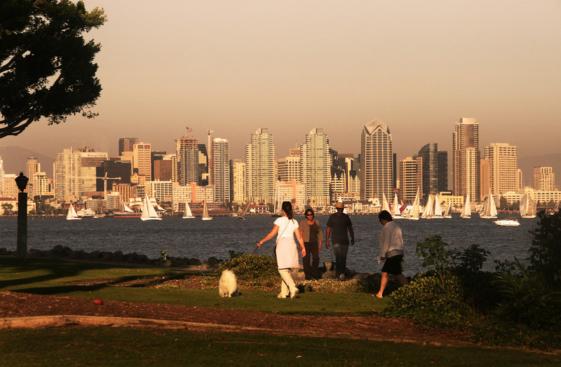 Harbor Drive, Walkers with View of Skyline