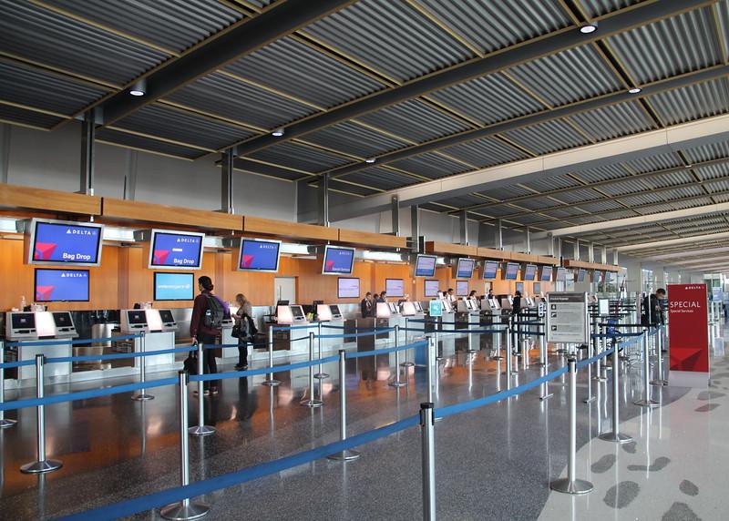 San Diego International Airport, Lindbergh Field