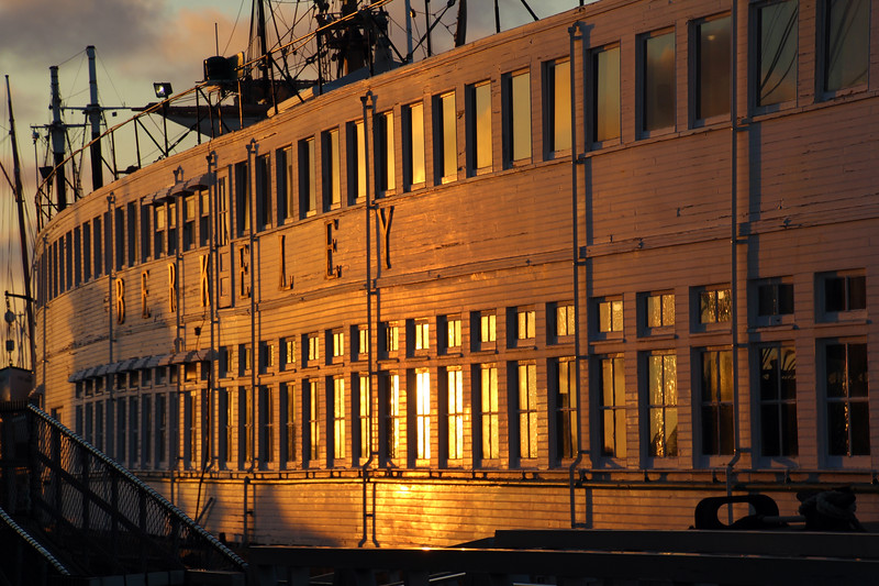 San Diego Maritime Museum, Sunset glow