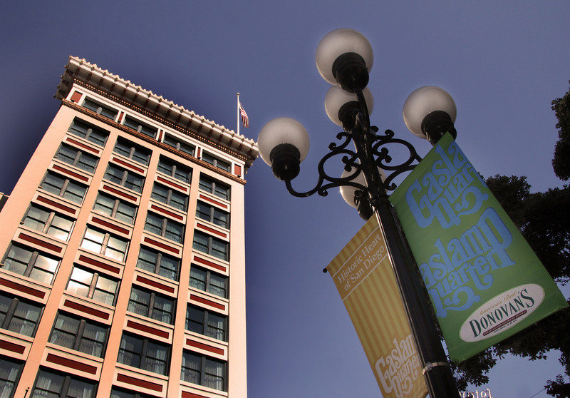 San Diego Gaslamp Quarter, Gaslamp Plaza Suites & Gaslamp Glow