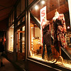 Shopping : 1 gallery with 18 photos