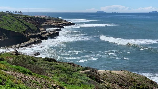 Shore Break - Point Loma