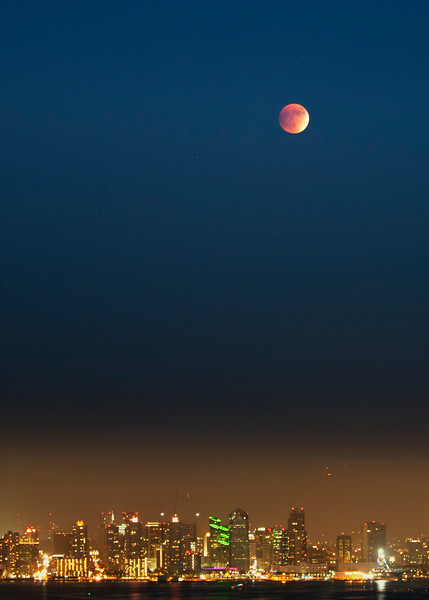 Blood Moon over San Diego