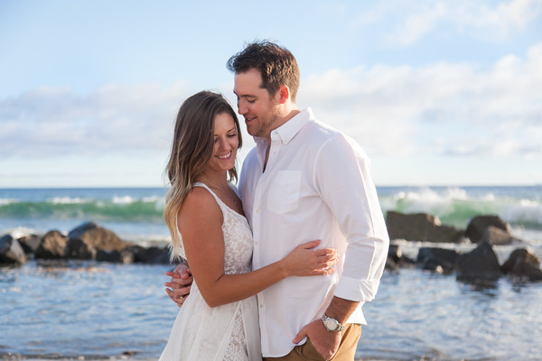 Engagement Photos at Hotel Del Coronado Beach by AlohaBug Photography