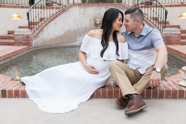 Maternity Photos at Balboa Park by AlohaBug Photography