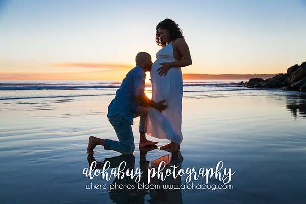 Maternity Photos at Coronado Beach by AlohaBug Photography