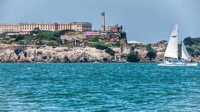 sailing-alcatraz-island