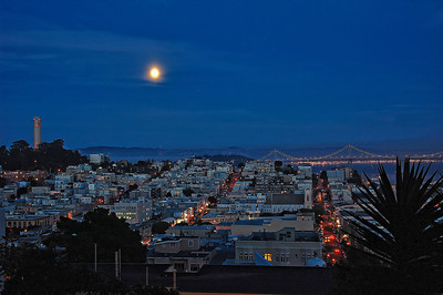 coit-tower-full-moon-bridge