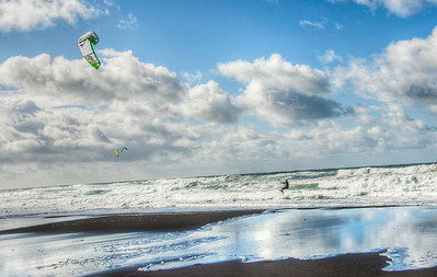 beach-kite-surfing-3-2