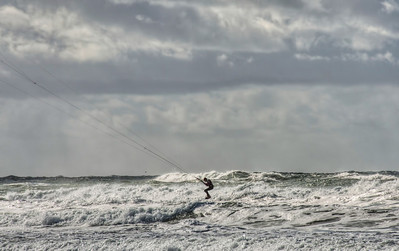 pacific-ocean-kite-surfing-5