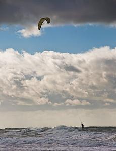 beach-kite-surfing-3