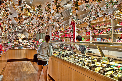 candy-store-girl