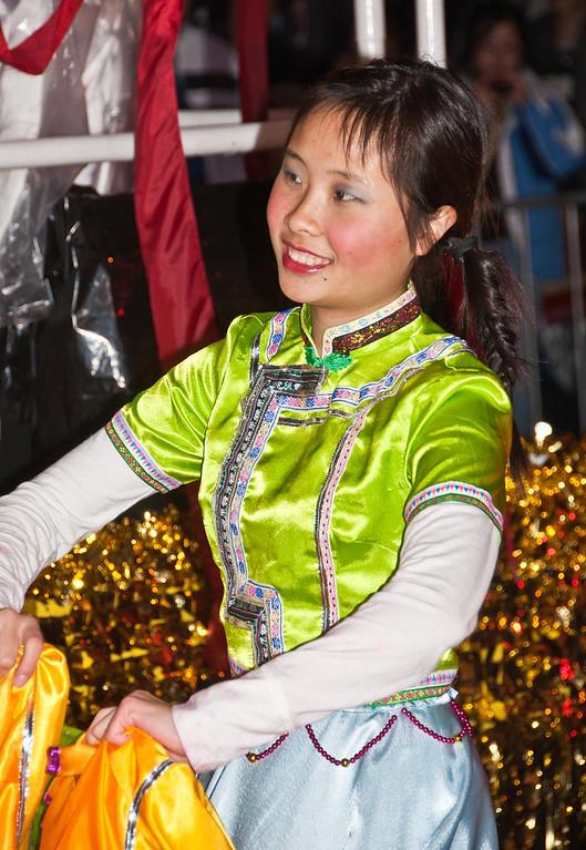 chinese-new-year-dancer-2