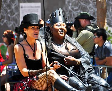 parade-chariot-driver