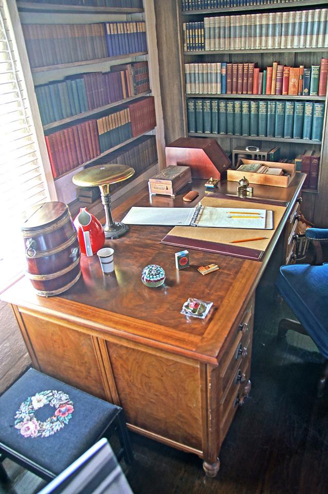 O'Neill's writing desk