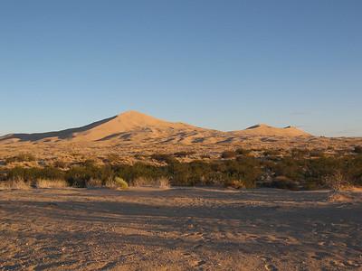 Kelso Dunes Camping  11/9 - 11/11/07