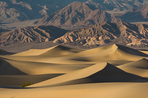 Mesquite Flat Dune Pyramids