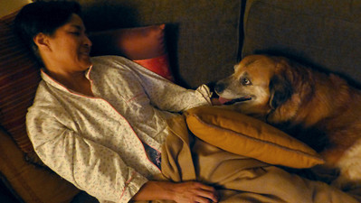 2013/10/16 >> Therapy Dog Sandy cuddling up with Myra