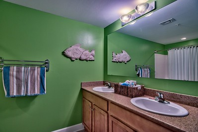 2nd full bathroom, dual sinks