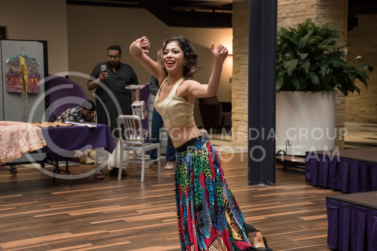 Swarali Karulkar leads an Indian dance work shop at Sanskriti organized by the Indian Students Association in the Kansas State Student Union in Manhattan, KS, on Nov. 4, 2017. (Collegian Media Group)