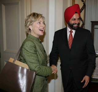 Host Sant Chatwal recived Former First lady andNY  Senator Hillary Clinton at a  reception hosted on capitol Hill in Washington DC ,to lobby pressing lawmakers to ratify Congressional legislation on the US-India civil nuclear deal on-Sept-08...pic Mohammed Jaffer-SnapsIndia