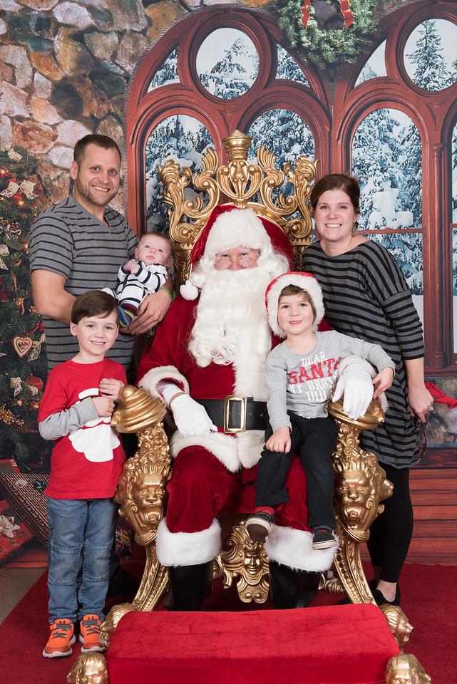 Santa 12-5-17-052