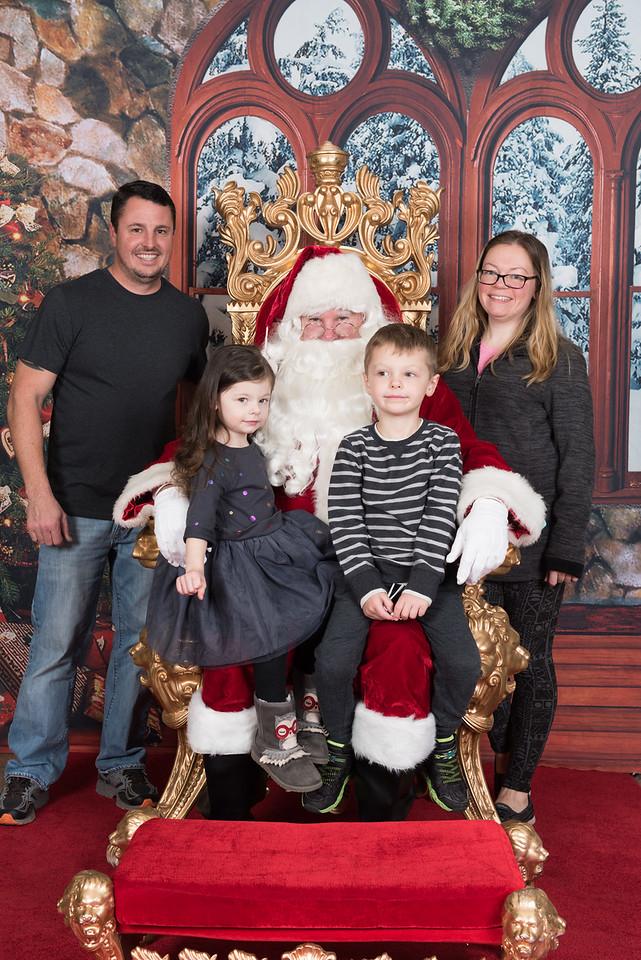 Santa 12-5-17-028