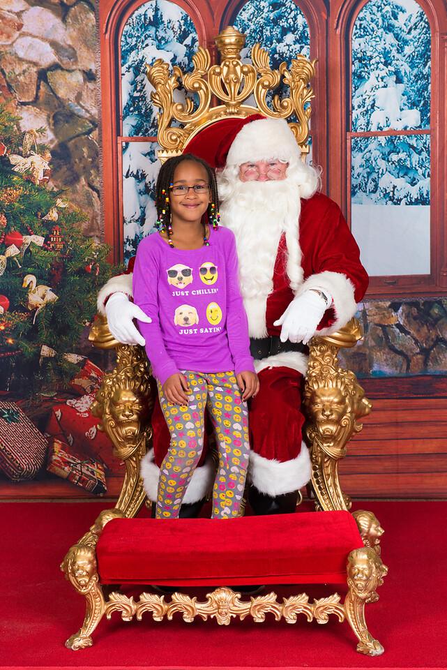 Santa 12-7-17-091