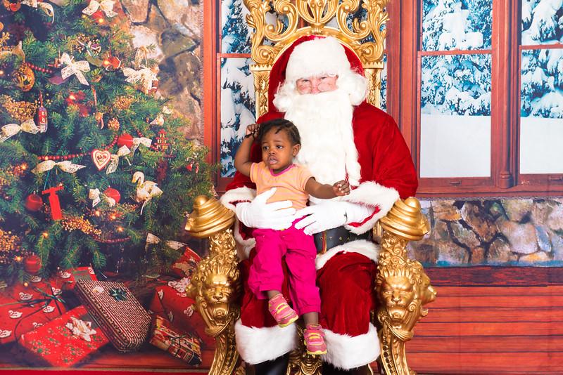 Santa 12-7-17-068