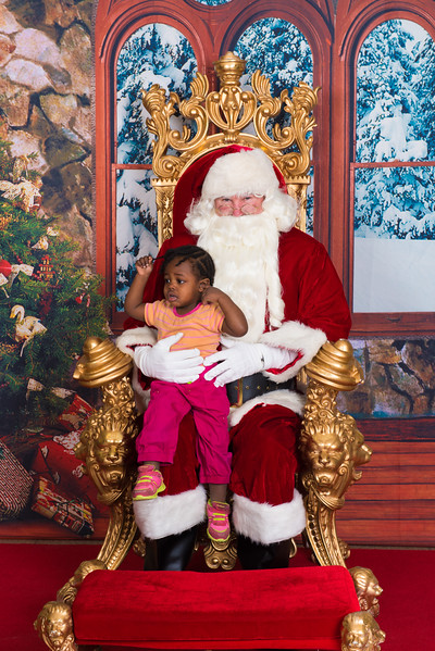 Santa 12-7-17-071