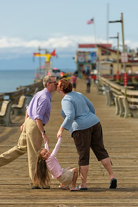 2017_Gareth_Cory_Capitola_Beach_Family_Photography
