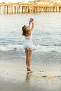 6412_d800b_Tierra_B_Capitola_Beach_Family_Photography