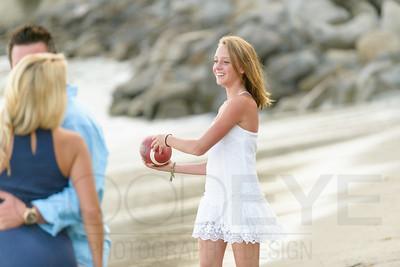 6389_d800b_Tierra_B_Capitola_Beach_Family_Photography