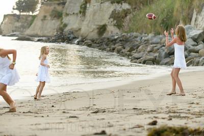 6371_d800b_Tierra_B_Capitola_Beach_Family_Photography
