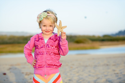 8656_d800b_Krista_Dan_S_Carmel_River_Beach_Family_Photography