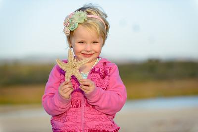8653_d800b_Krista_Dan_S_Carmel_River_Beach_Family_Photography