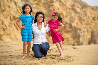 8945_d810a_Monica_Panther_Beach_Santa_Cruz_Family_Photography