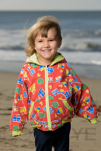 1207_d800b_Judy_G_Seabright_Beach_Santa_Cruz_Multi-Family_Photography_Portraits