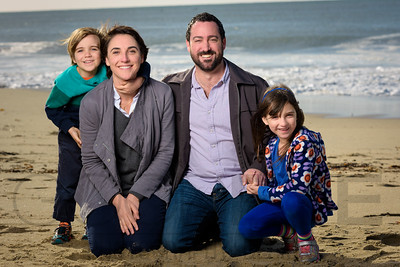 1214_d800b_Judy_G_Seabright_Beach_Santa_Cruz_Multi-Family_Photography_Portraits