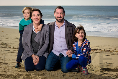 1216_d800b_Judy_G_Seabright_Beach_Santa_Cruz_Multi-Family_Photography_Portraits