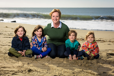 1262_d800b_Judy_G_Seabright_Beach_Santa_Cruz_Multi-Family_Photography_Portraits