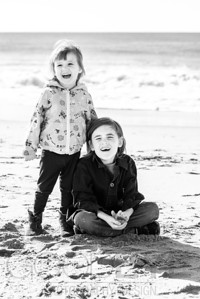 1186_d800b_Judy_G_Seabright_Beach_Santa_Cruz_Multi-Family_Photography_Portraits