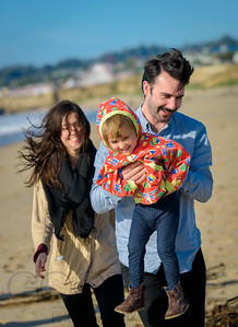 1300_d800b_Judy_G_Seabright_Beach_Santa_Cruz_Multi-Family_Photography_Portraits