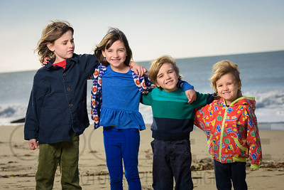 1237_d800b_Judy_G_Seabright_Beach_Santa_Cruz_Multi-Family_Photography_Portraits