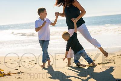 5425_d810_Karly_R_Seabright_Beach_Santa_Cruz_Family_Photography