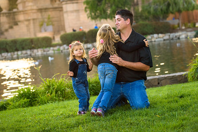 6884_d810a_Simone_H_Palace_of_Fine_Arts_San_Francisco_Family_Photography