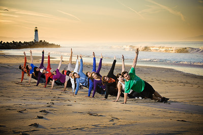 8641-d3_Leta_and_Michelle_Boot_Camp_Santa_Cruz_Fitness_Photography_Seabright_Beach